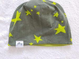 Wendebeanie Sterne olivgrün Gr. 49-51